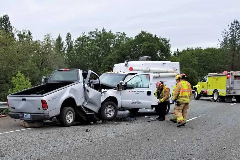 Man Dies in Head-on Crash on Hwy  199 - Wild Coast Compass