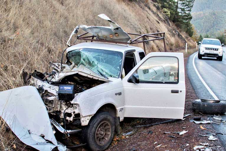 Crash Closes Hwy  199 for 3 Hours - Wild Coast Compass
