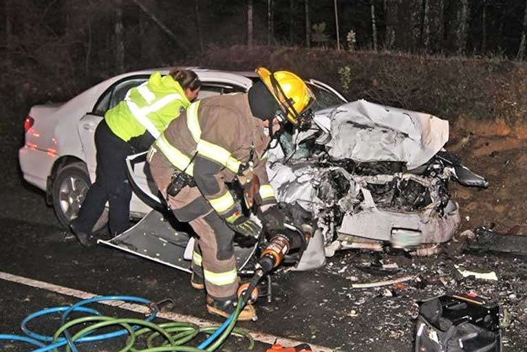 Head on Crash on Hwy  199 Claims Another Life - Wild Coast Compass