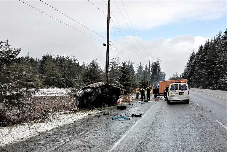 Hwy  101 Head-on Crash Tragically takes 2 Lives - Wild Coast
